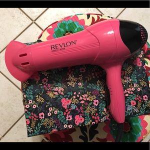 Revlon ionic blow dryer